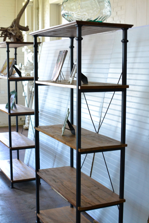 inspiration station-boat bar - beadboard - wooden industrial shelf - trade show (14 of 16)