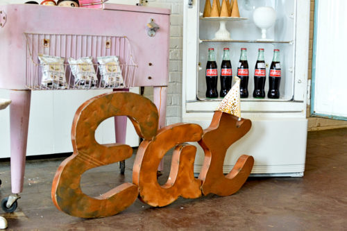 Inspiration Station - ice cream - fridge - tiered tables (24 of 29)