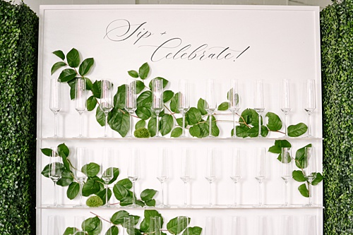 acrylic, display, drink display, hedge walls, champagne display